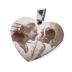 Corazón colgante grabado personalizado a 1 cara con láser